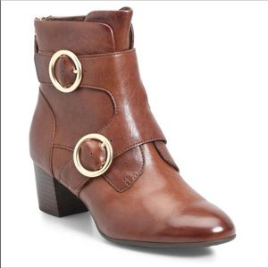 Ono by Born brown ankle boots